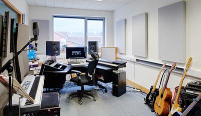 CONTACT Studio